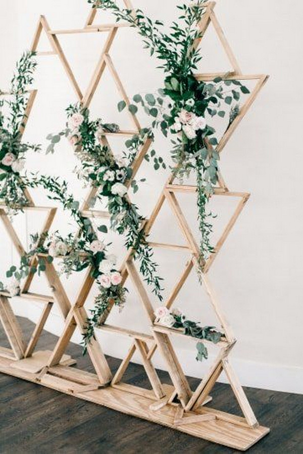modern geometric and greenery wedding ceremony backdrop ideas