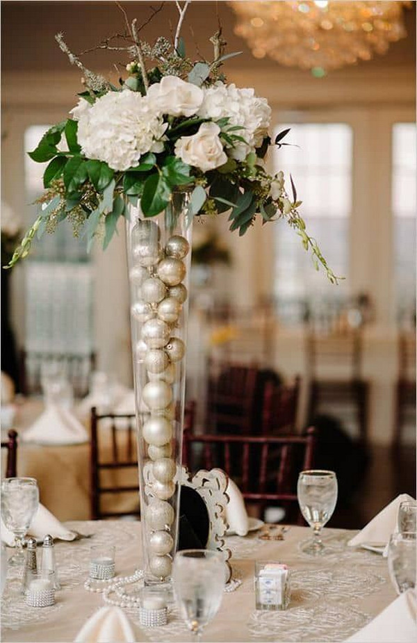 winter holiday wedding centerpiece ideas