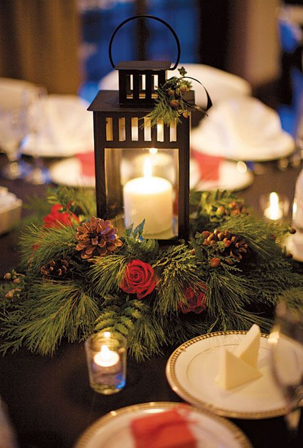 winter wedding centerpiece ideas with red and green colors