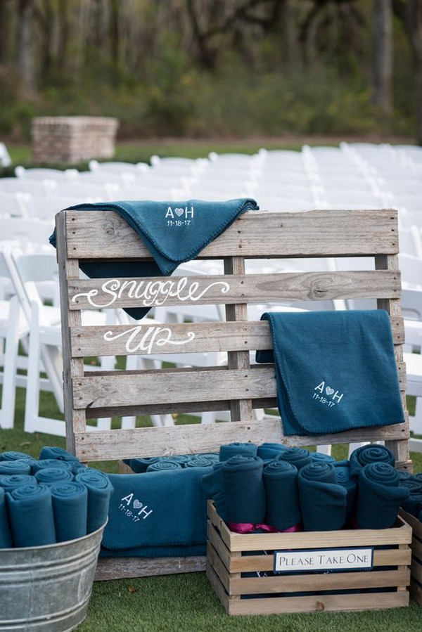 blankets display ideas for fall winter outdoor weddings
