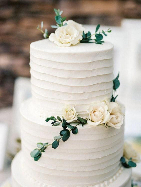 elegant ivory and green wedding cake 2020
