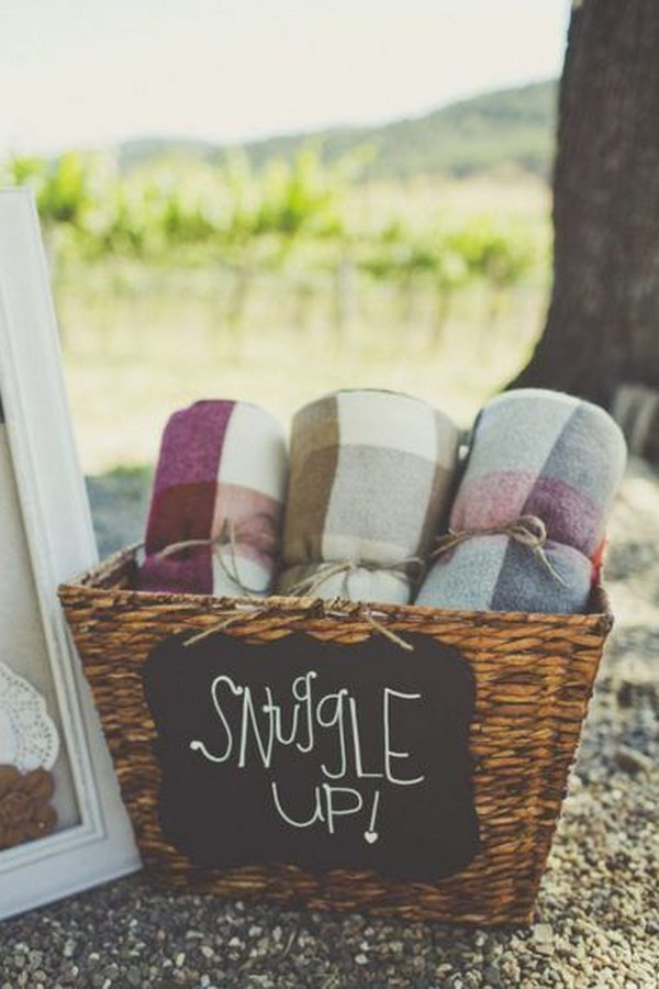 fall winter wedding blankets for guests