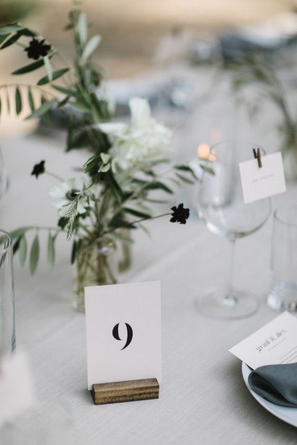 minimalist wedding reception table setting ideas