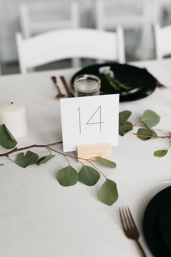 organic minimalist wedding reception table setting ideas