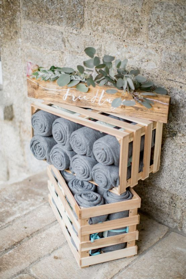 rustic chic wedding blankets display ideas