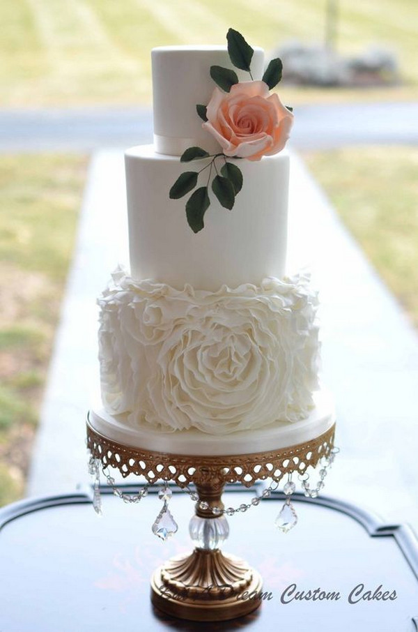 vintage elegant wedding cake