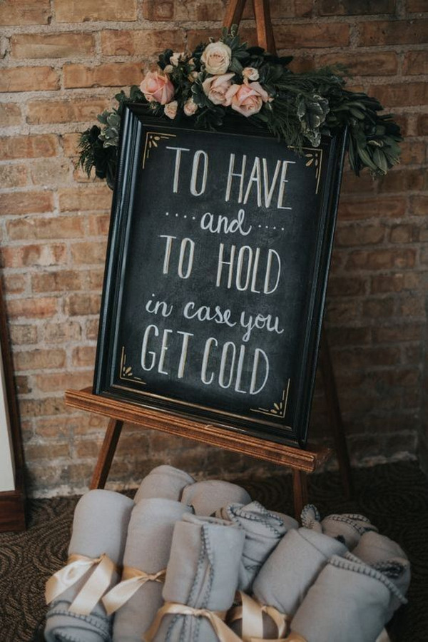 wedding sign ideas with blankets for guests