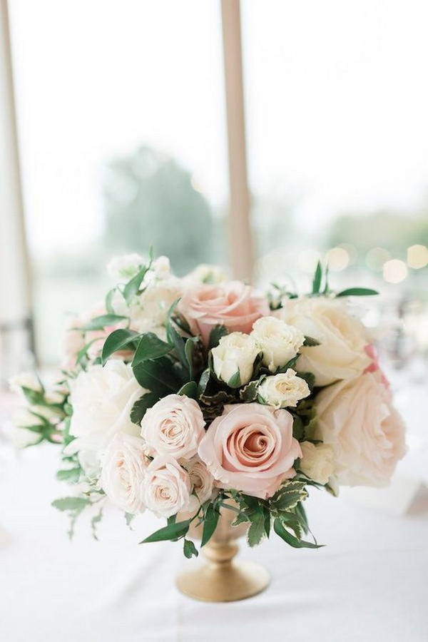 Classic and Romantic wedding centerpiece