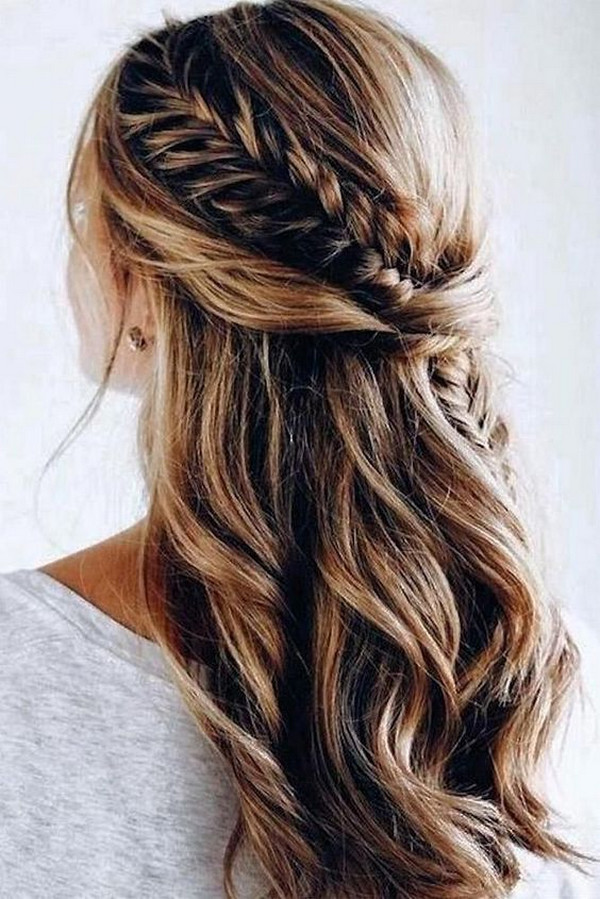 boho chic wedding hairstyle half up half down