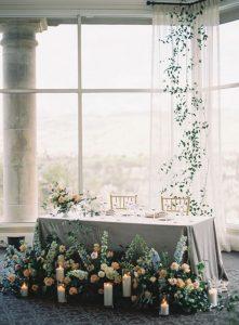 elegant wedding head table decoration ideas with floral