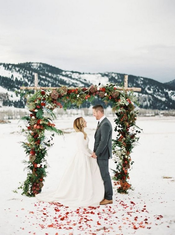 outdoor winter Christmas colors wedding arch ideas