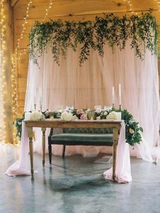 simple wedding head table backdrop ideas