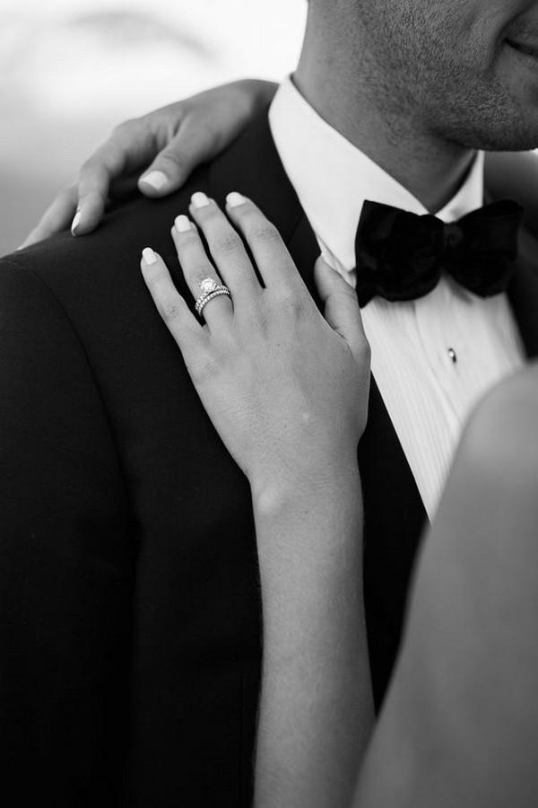 classic bride and groom wedding photo ideas