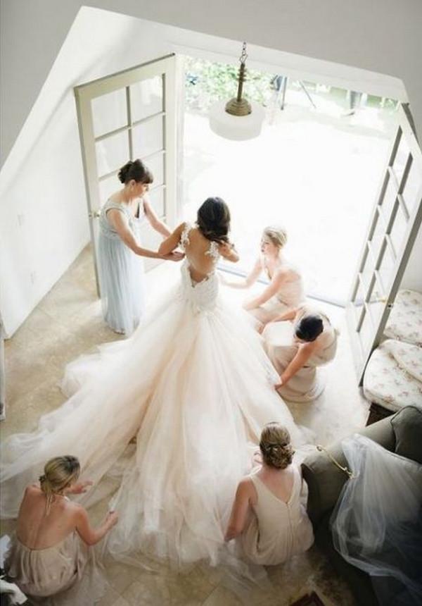getting ready wedding photo ideas