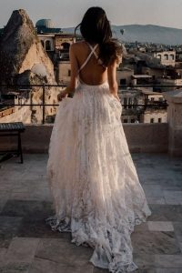 boho chic open back lace wedding dress with slit side