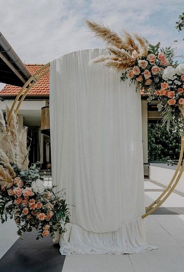 circular floral wedding arch ideas for fall