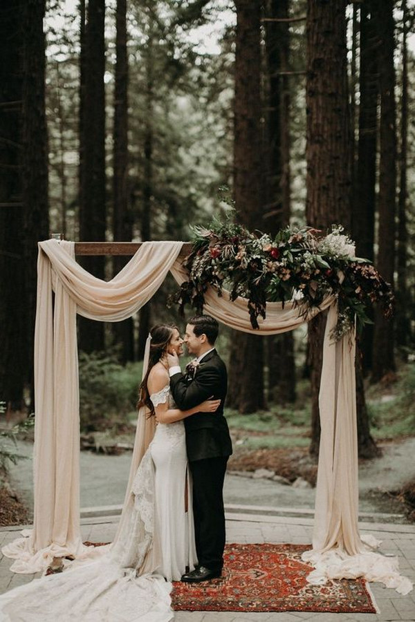 forest themed fall wedding arch ideas