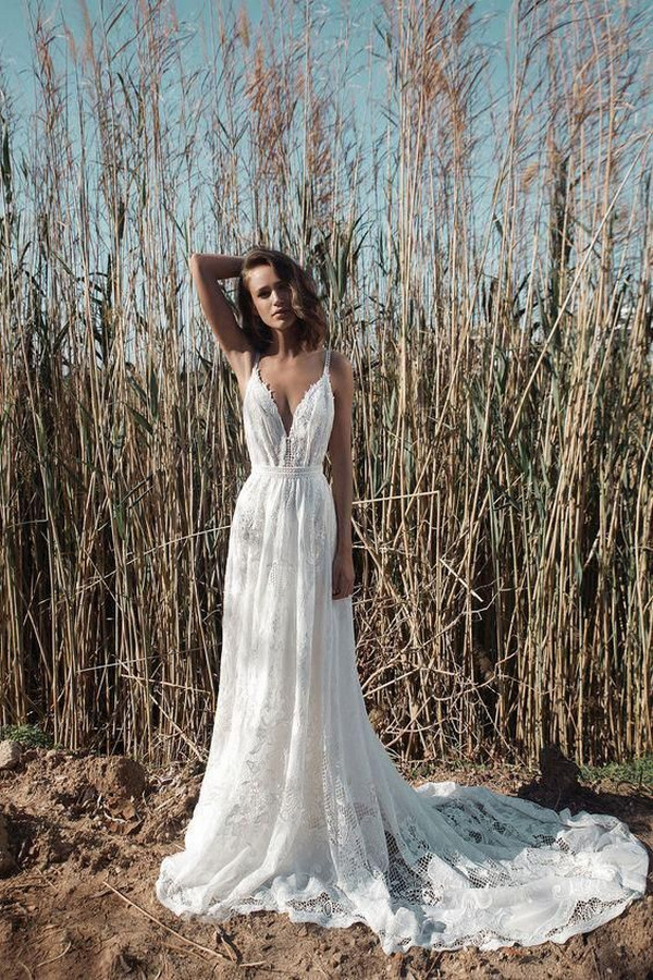 simple romantic lace wedding dress