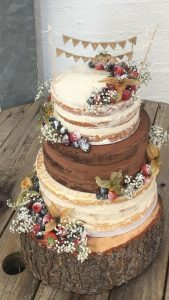 country rustic wedding cake with berries