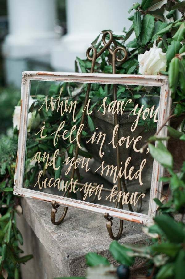 boho chic vintage wedding sign ideas