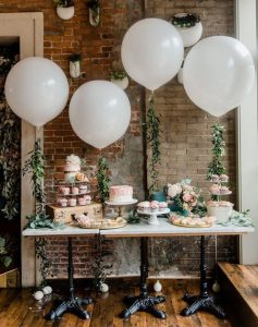 chic bridal shower decoration ideas with balloons