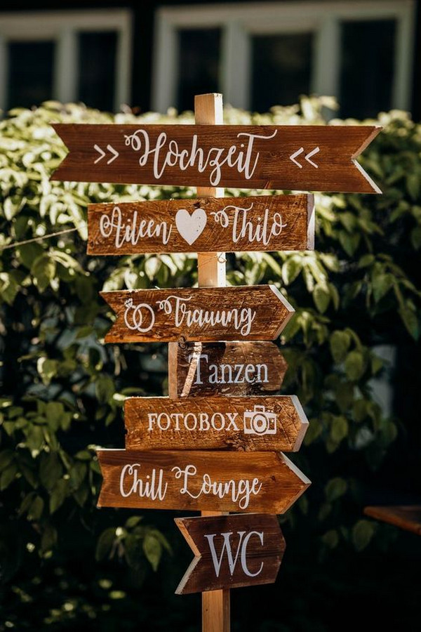 outdoor rustic wedding sign decoration ideas