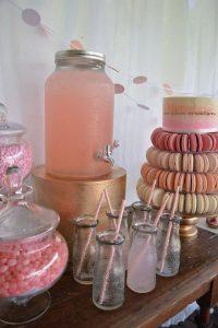 shades of pink bridal shower decoration ideas