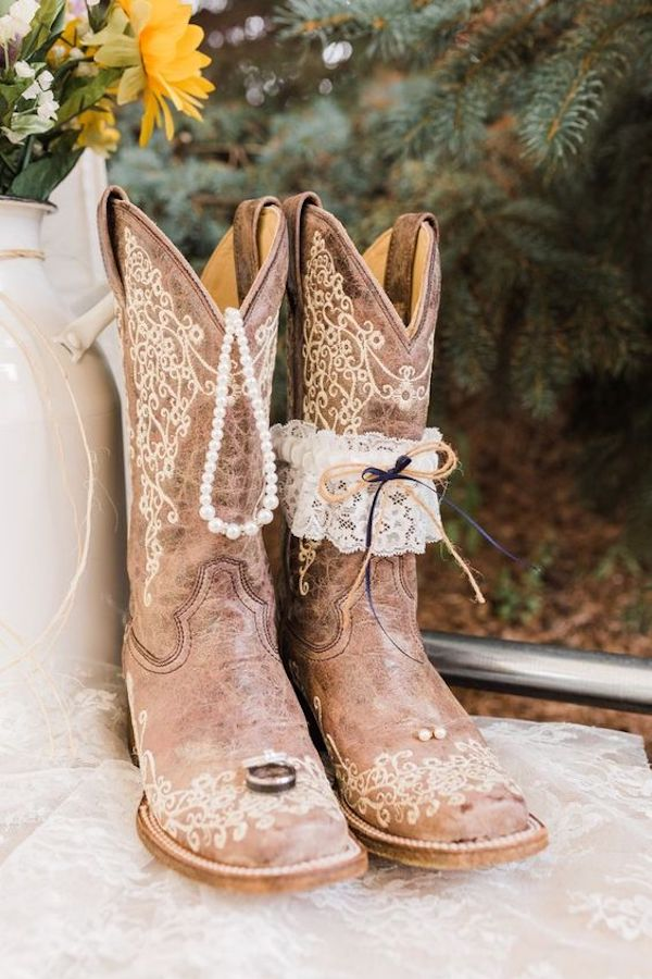country themed cowgirl wedding boots