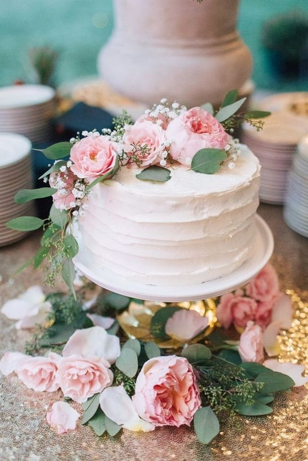 chic small wedding cake ideas