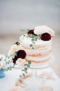 small fall wedding cake for intimate weddings