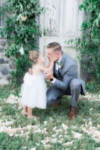 wedding photography ideas groom and flower girl