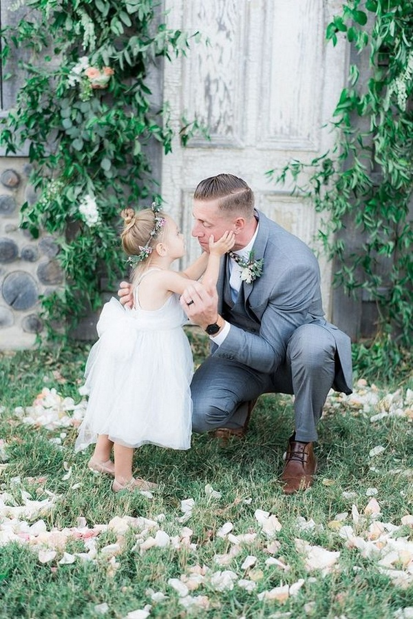 wedding photography ideas groom and flower girl