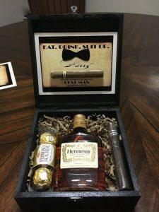 groomsmen proposal gift box ideas