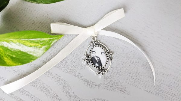 Antique Silver Bouquet Charm - Memorial Photo Bridal Accessories, Loved Ones Lost, Memory Wedding Charms | Pendant