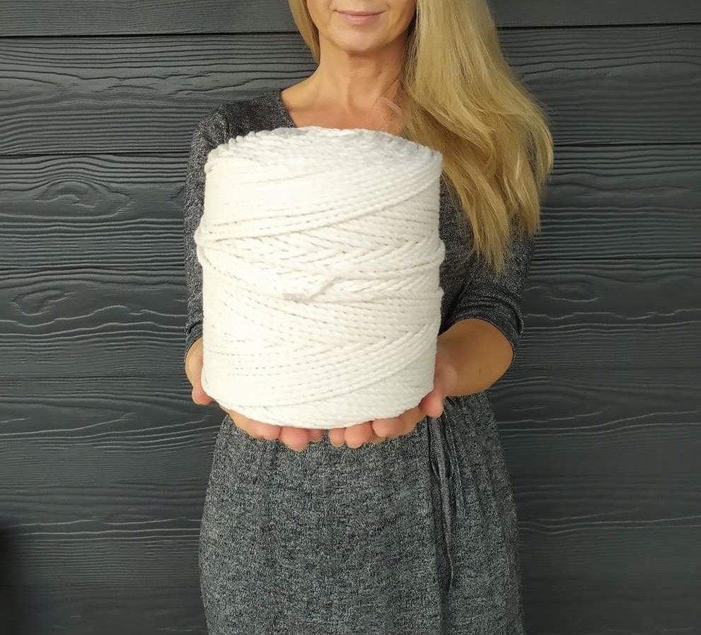 1.5 Kg Cotton Rope | 410 Metres - 3 Mm Diameter, Twisted Cord For Macrame, Knitting & Crochet Projects, Christmas Gift