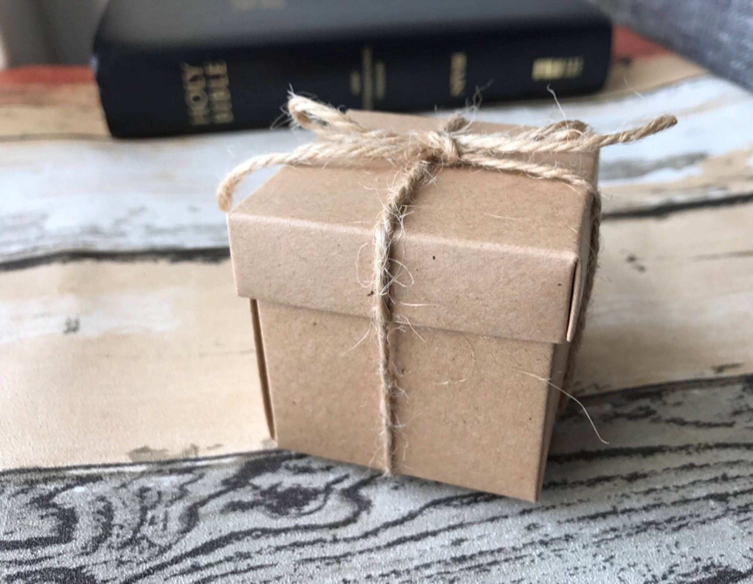50x Natural Kraft Paper Boxes | Bomboniere Favour Box Wedding & Party Gift For Chocolate Cookies Candy Size 5cm/2Inch