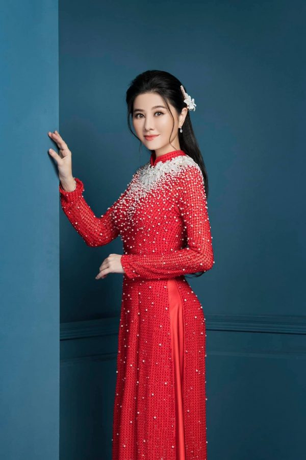 Beautiful Red Custom Tailored White Pearls Beaded Wedding Ao Dai, Traditional Vietnamese Raglan Dress For Bride Made To Order
