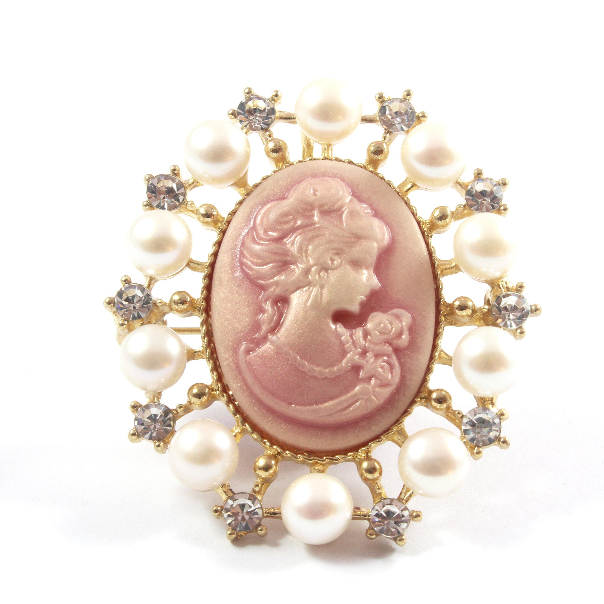 Blue/Pink Cameo White Freshwater Cultured Pearl Brooch 6.5-7.0mm