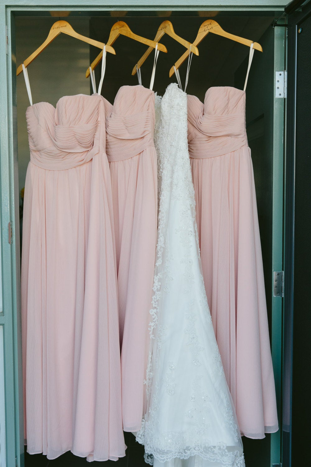 Bridal Party Gifts For Wedding Dress Hangers Bride & Bridesmaids Hanger Mrs