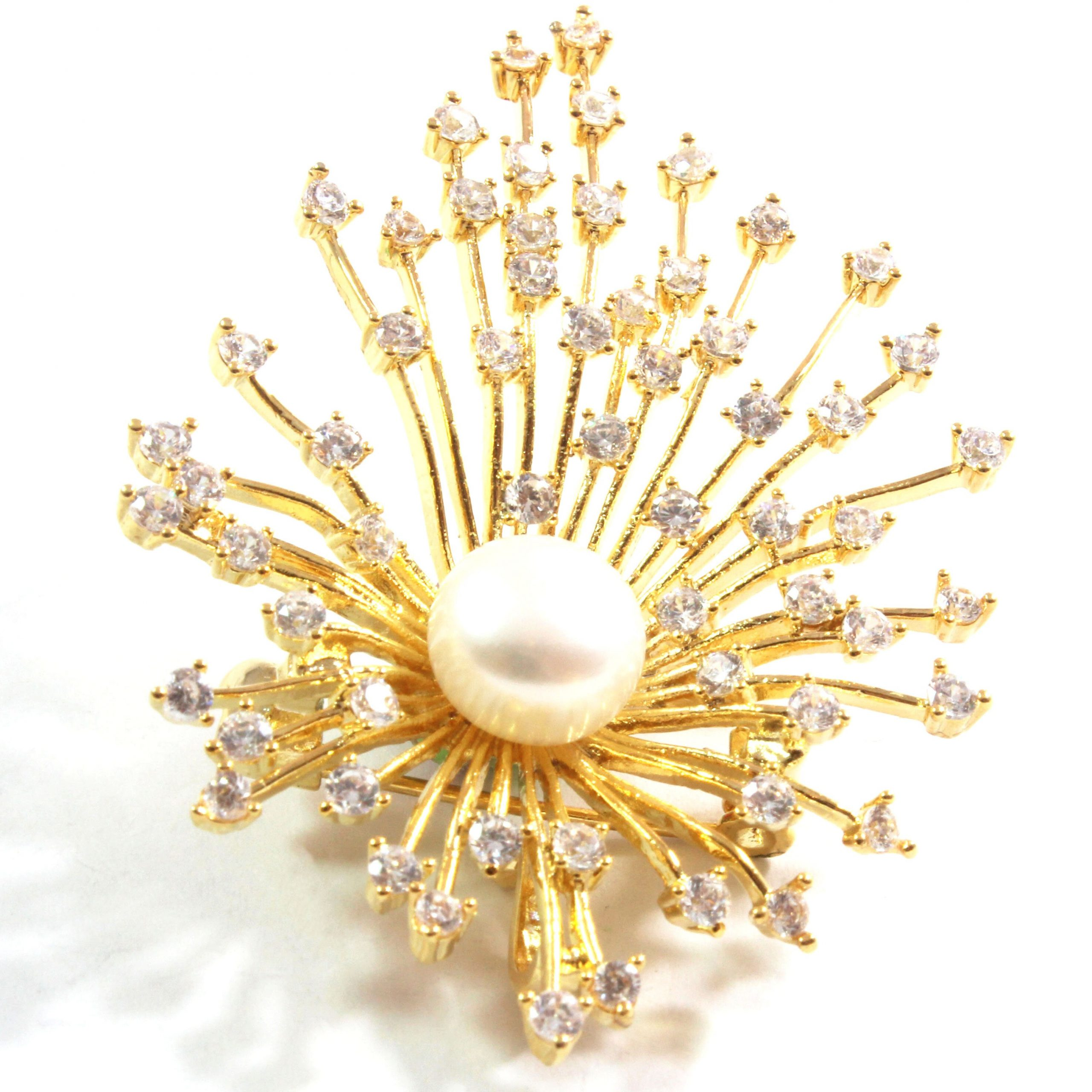 Golden Star White Freshwater Cultured Pearl Brooch 10.5-11.0mm