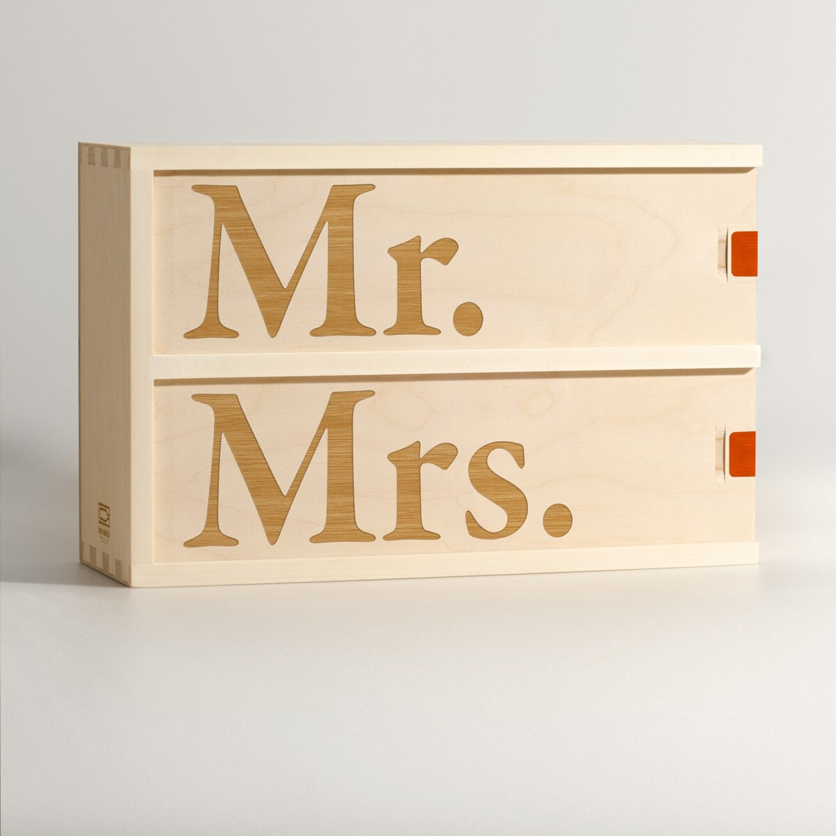 Mr & Mrs Wine Box // Unique Wedding Gift 5Th Anniversary Gifts For The Couple His Hers