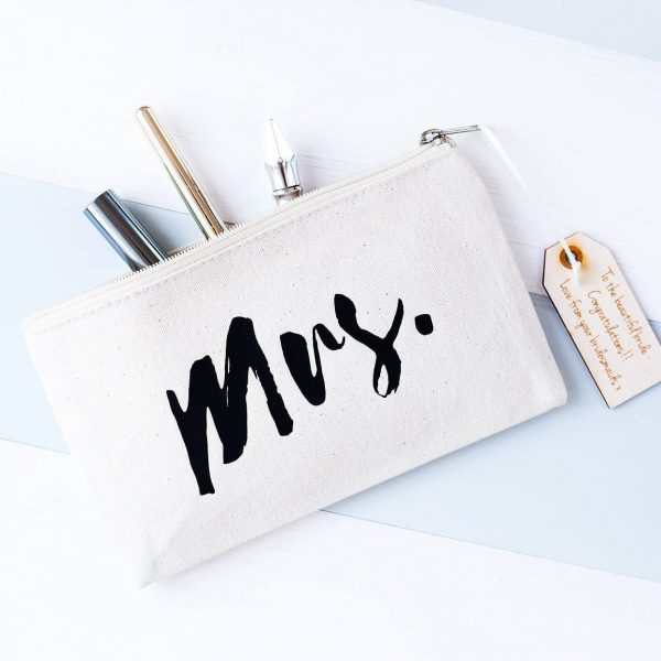 Mrs. Bridal Make Up Bag - Makeup Bag Cosmetic Gift For Brides Hen Party Bride To Be Wedding