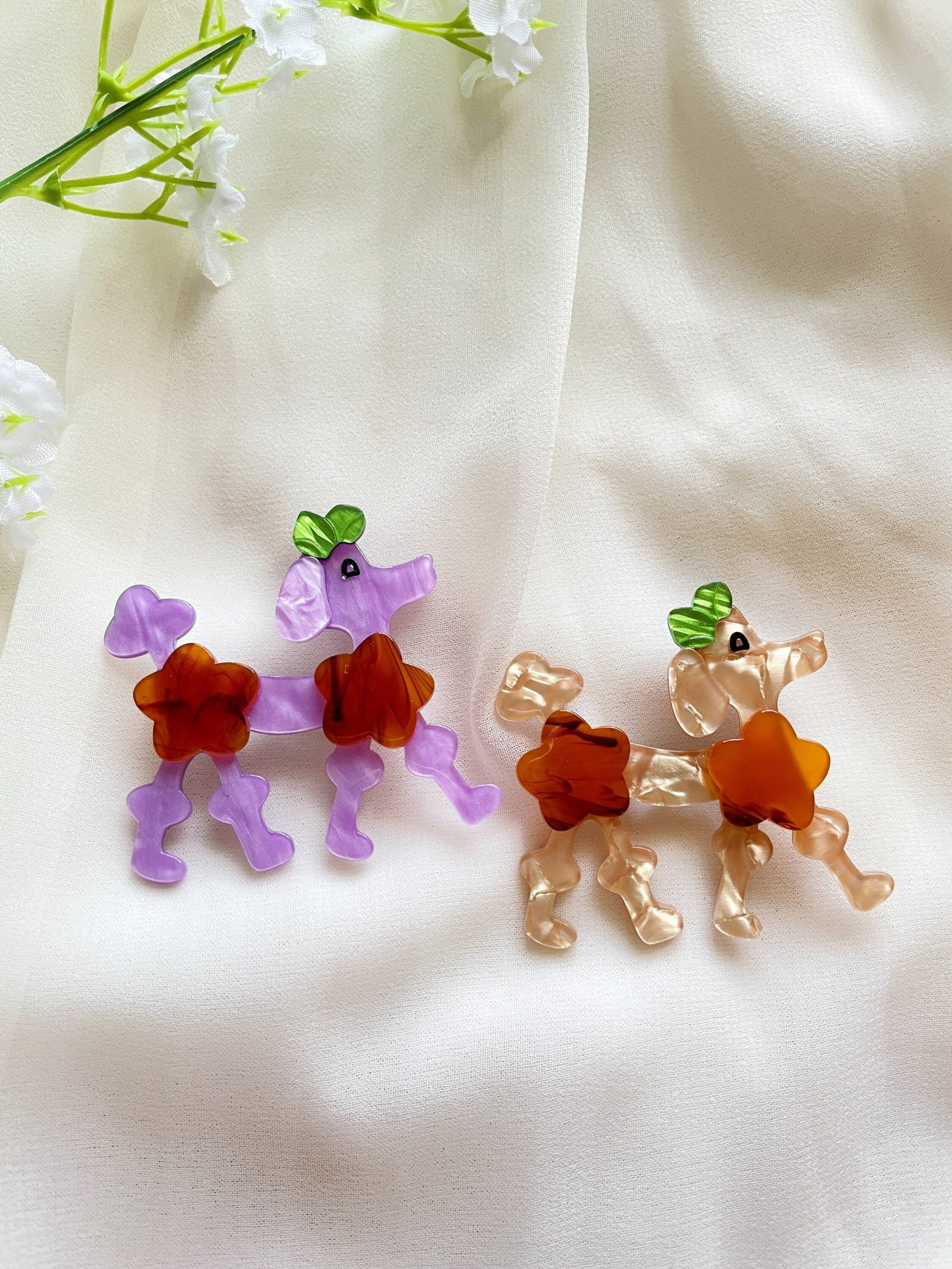 Poodle Dog Acetate Brooch   Glitter Colourful Cloth Pin Shinny Bright Oversize For Casual Wear Chic Pop Kawaii
