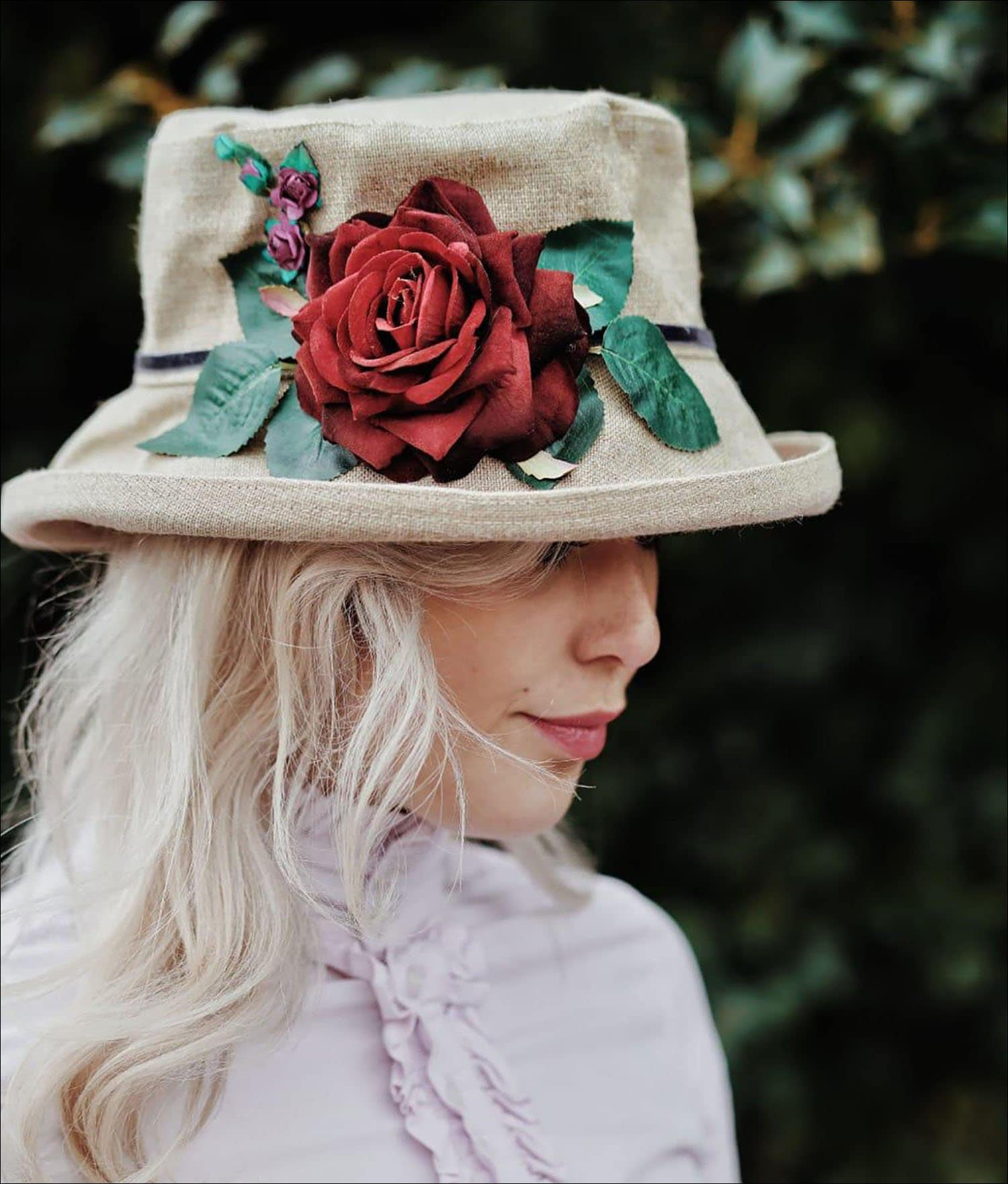 Red Rose Country Hat For Women, Vintage English Countryside Fashion, Natural Linen Hand Sewn Hat, Summer Garden Party Travel Beach