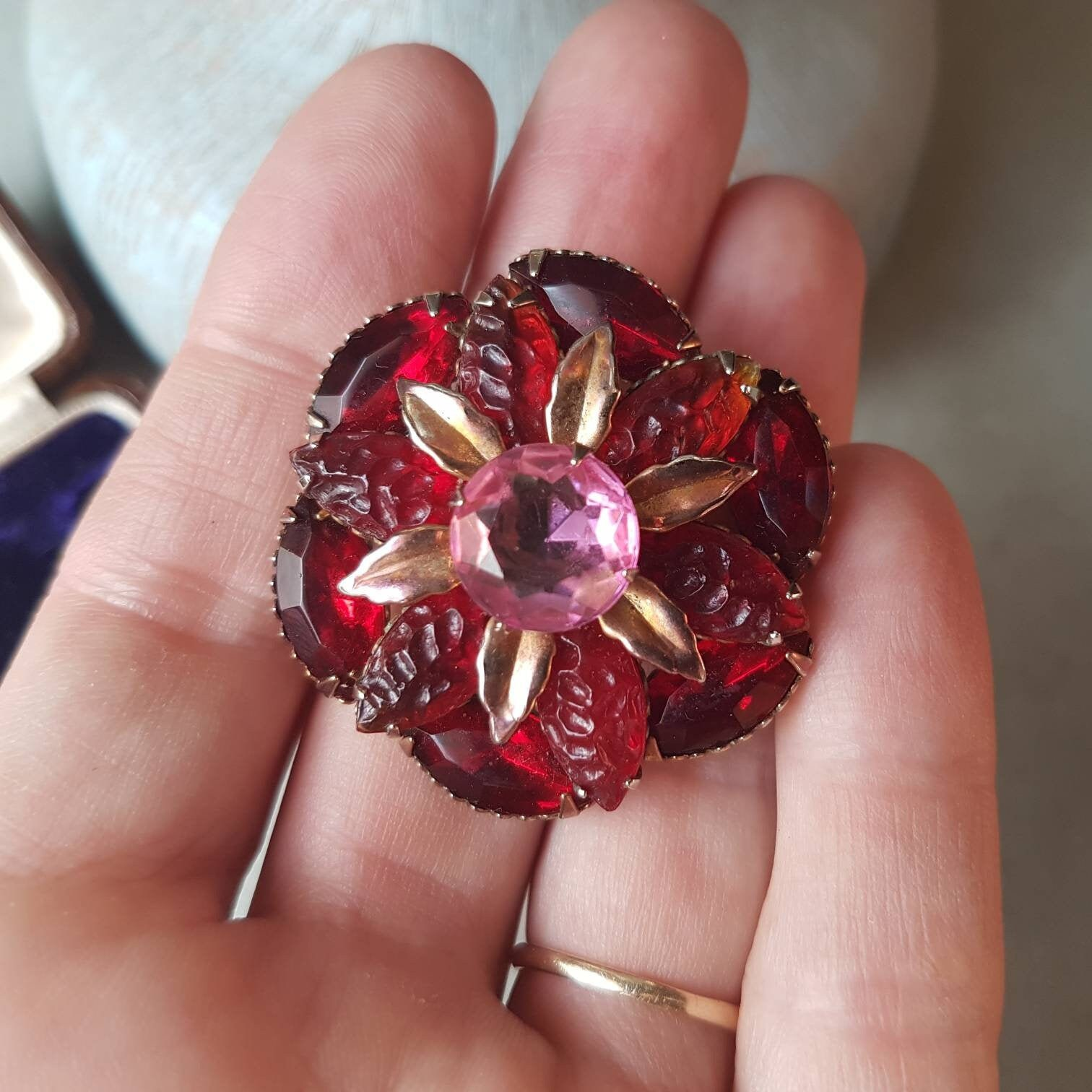 Stunning Vintage Old World Charm Floral Brooch; Striking Pink & Red Crystal Rhinestones; Gold Tones; Perfect Cocktail Party Bling Glam