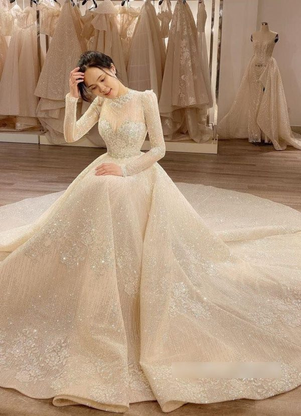 Unique Crystal Sparkling Lace Princess Wedding Dress Made To Order, Luxury Beaded Long Sleeves Bridal Gown For A Fairy Tail