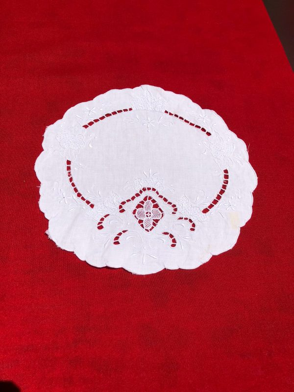 Vintage Doily Handmade Cat Working Gift Antique Item Doily Centrepiece Tray Mat
