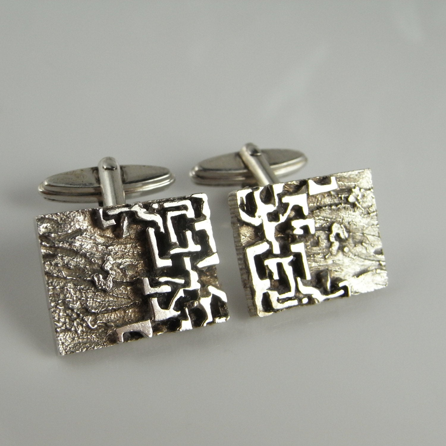 Vintage Silver European Textured Abstract Wedding Groom Cuff Links Accessories Bridal Cufflinks Jewelry Gift For Brother Fiance Him 1970S