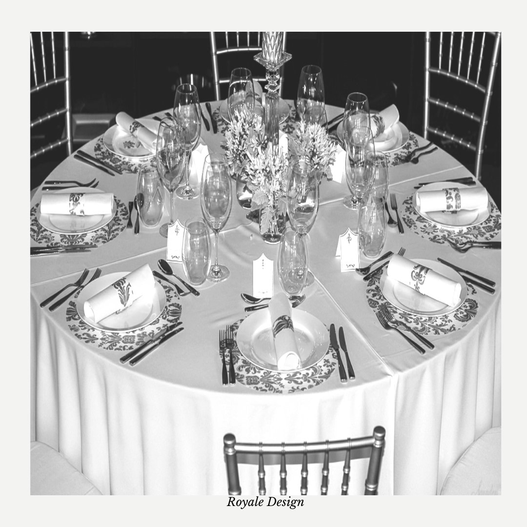 Wedding Charger Plates Placemats, Round Silver, Chargers, Decorations   Sold in Packs Of 20 Placemats