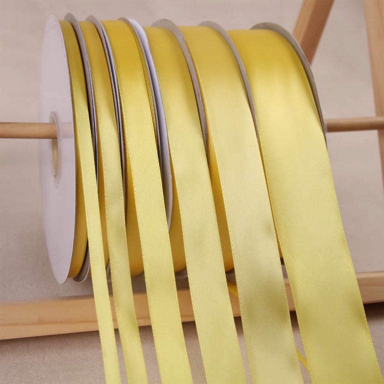 Yellow Satin Ribbon Roll Wholesale Christmas Gift Wrapping Wedding Party Favors Chair Decorations Tags Box Ribbons